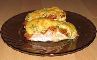 Тріска, запечена в духовці з картоплею, сметаною, овочами, покрокові рецепти з фото, відео
