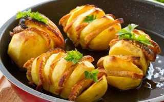 Картопля з беконом в духовці — покроковий рецепт, фото, відео