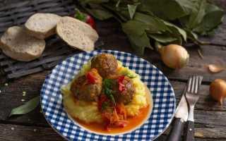 Фрикадельки по-італійськи, або М'ясні кульки в овочевому соусі. Покроковий рецепт з фото