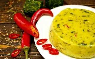 Домашній плавлений сир з чилі і шпинатом. Покроковий рецепт з фото